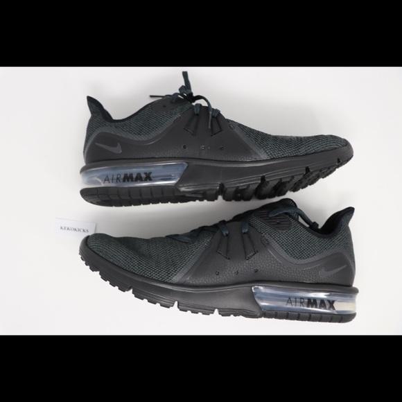 Nike Air Max Sequent 3 Black NIB NWT